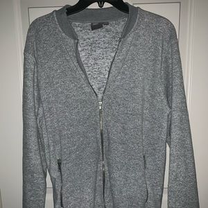 Gray long sleeve zip up